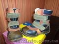 Продам осенние ботинки для мальчика фирмы B&G 26 р.